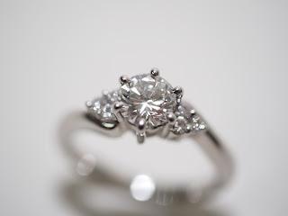 不要になったらせめて高く売ってしまいましょう ダイヤモンドリングをお買い取り致しました