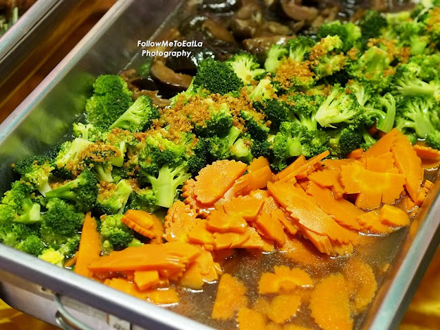 Stir Fried Broccoli With Mushroom