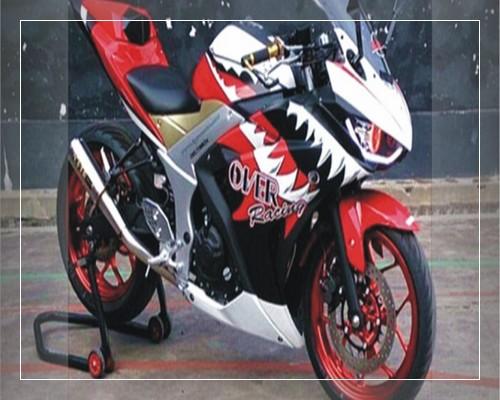 Foto modifikasi r15 warna merah hitam putih biru pink velg