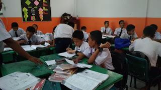 Implementasi Konsep MIKiR dalam Persiapan Ujian Nasional kelas 9