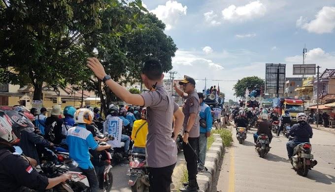 Polres Serang Kabupaten Laksanakan PAM Pemberangkatan Aksi Urnas Aliansi Serikat Buruh