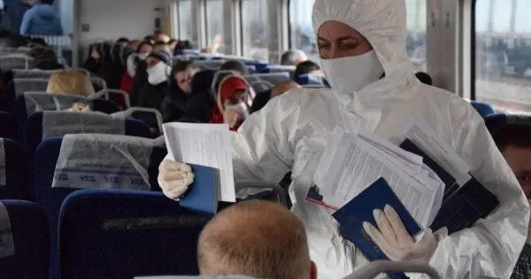Ουκρανία: Πετούν τα εμβόλια στα… σκουπίδια: Κανείς δεν θέλει να εμβολιαστεί - Ούτε οι γιατροί!