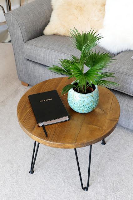 JPdoesstuff Review,JPdoesstuff etsy,JPdoesstuff Review blog,JPdoesstuff furniture,industrial coffee table uk,industrial furniture etsy,JPdoesstuff,wooden coffee table hairpin legs,