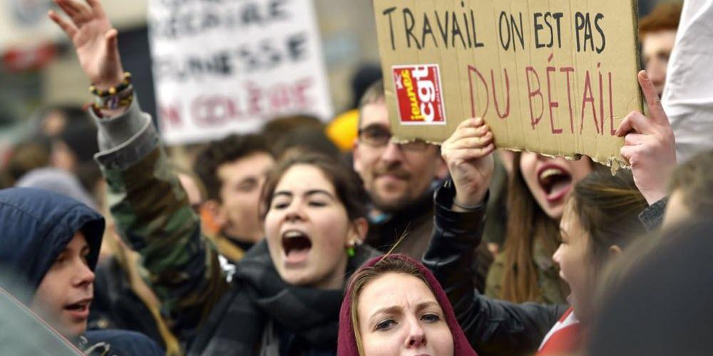 La reforma laboral que incendia Francia, inspirada en la que aprobó Rajoy