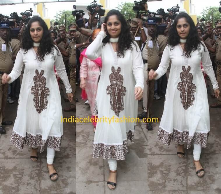 Shalini Ajithkumar in White Salwar Kameez