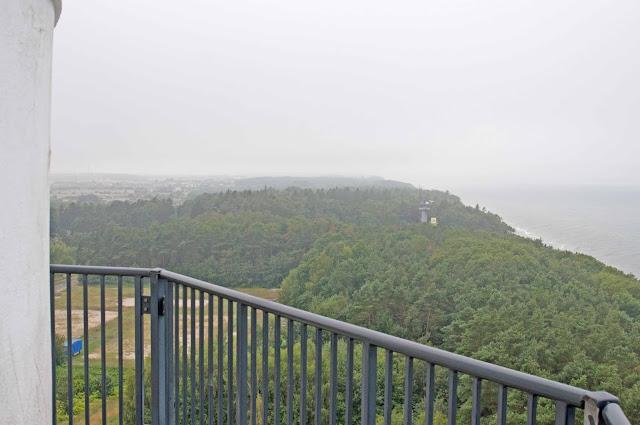widok na okolicę z latarnia morskiej w Niechorzu