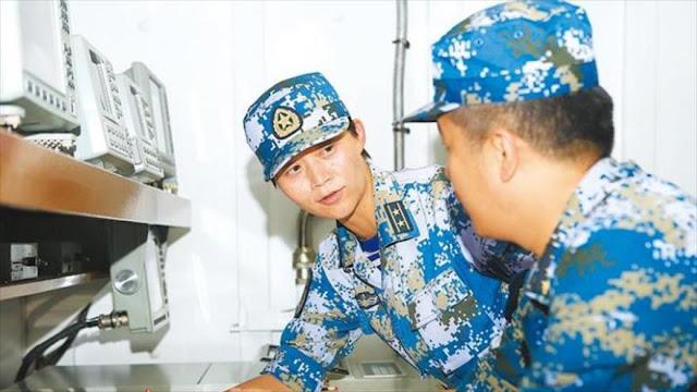 China elige a una mujer para dirigir un destructor portamisiles