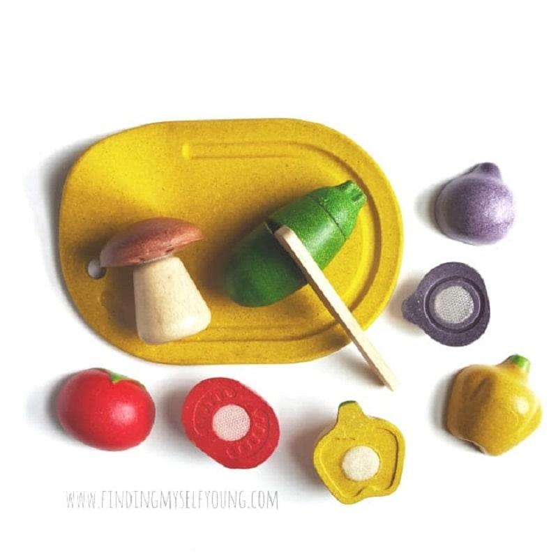 plan toys wooden vegetables cutting set
