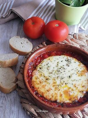 Queso provolone al horno con tomate