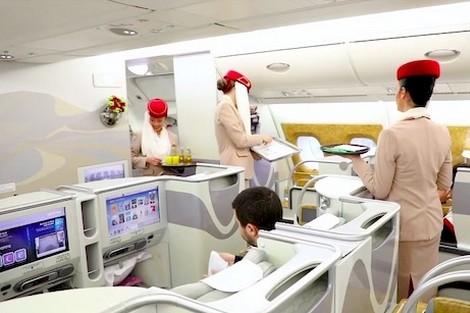 السلامة والجودة ومغاربة مهرة .. هذه أسرار نجاح طيران الإمارات