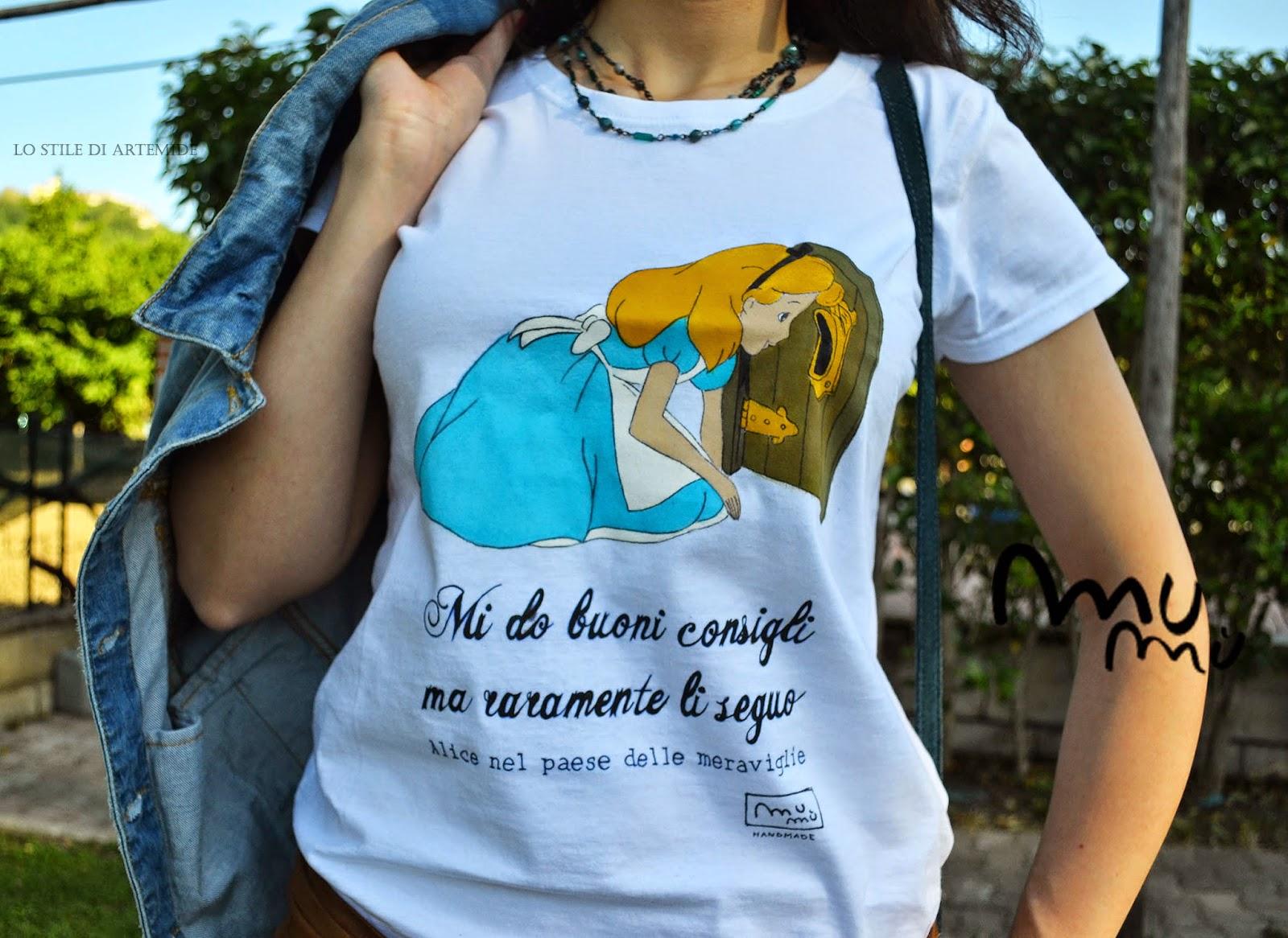 t shirt dipinta a mano alice nel paese delle meraviglie