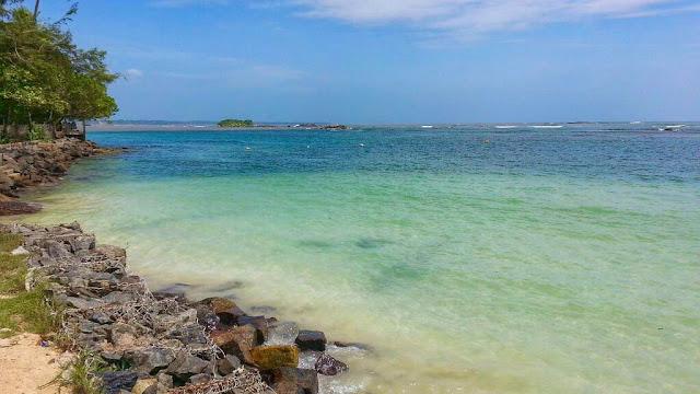 ස්වභාවික වෙරළ තටාකය - පොල්හේන 🌊🏊🏻♂️🌴(Polhena Beach) - Your Choice Way