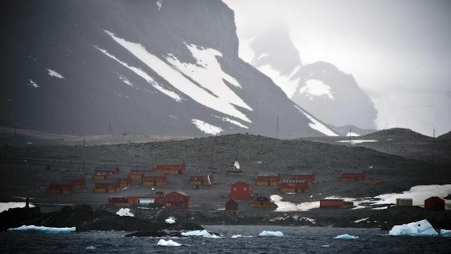 suhu tertinggi di benua antartika