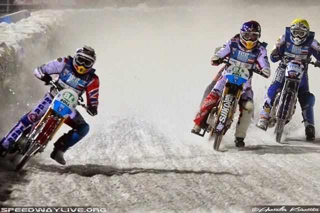 Jégmotor VB - Ivanov nyerte az első fordulót,Harald Simon meglepetéssel tért vissza.