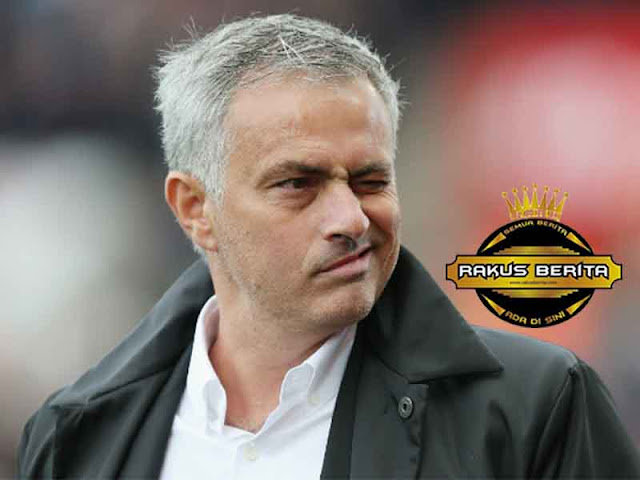 Mourinho 'Lawan Liverpool, MU Hanya Dapatkan Tiga Poin Bukan Empat !'