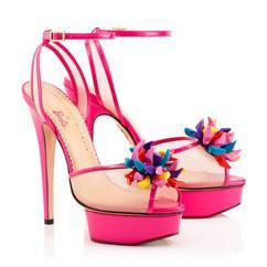 Charlotte Olympia & Barbie Zapatos www.legalmenteentaco12.com