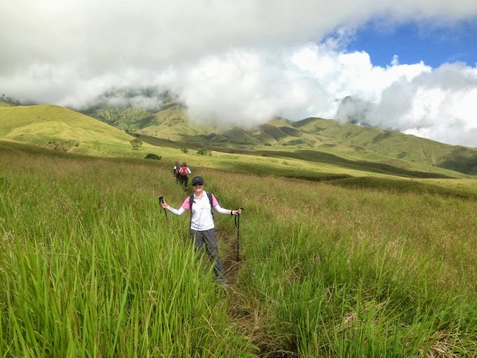 Hiking Mount Rinjani 2 days 1 nights start via Sembalun