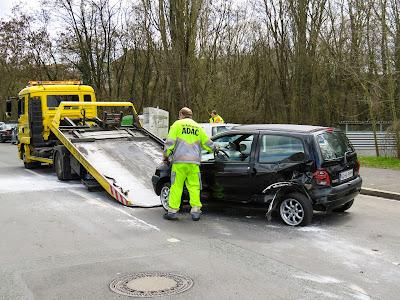 Адвокат поможет возместить ущерб после аварии в полном объеме
