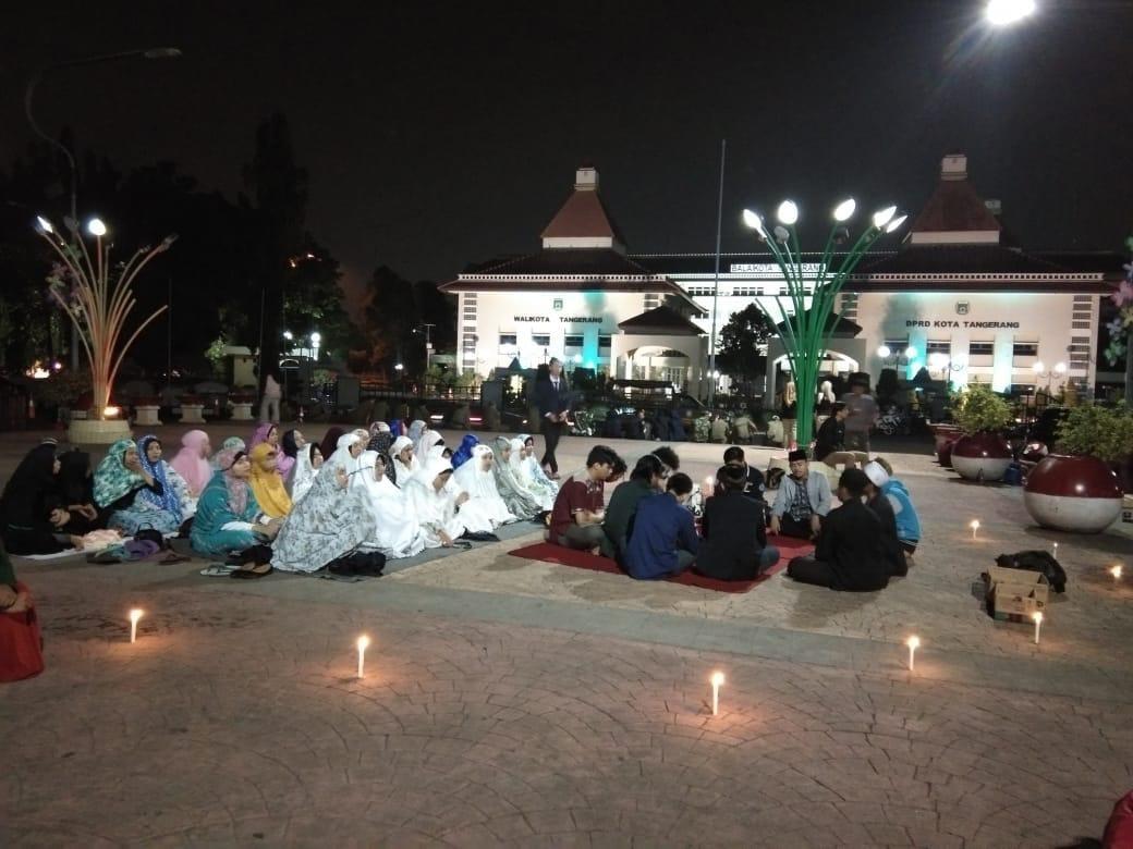 Mahasiswa Tangerang Raya Gelar Shalat Ghaib Dan Doa Bagi Korban Gempa