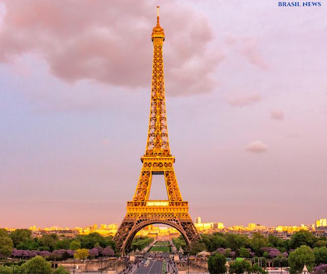 França anuncia novo lockdown a partir de sexta-feira, em meio à segunda onda da pandemia do COVID-19.