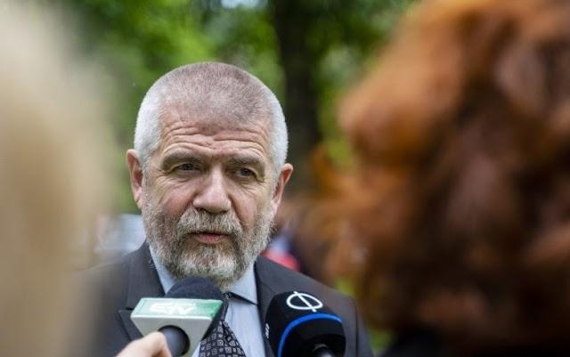 SZNT: érthetetlen Vincze Loránt felszólítása, továbbra sem lehet aláírásokat gyűjteni