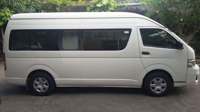 Toyota Hiace commuter with AC, 16 seat
