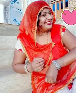 Indian bhabhi hot pics wallpaper