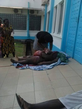 Pregnant Woman Rejected By Hospital, Operated By Niece In The Open (Graphic Photo + Video)