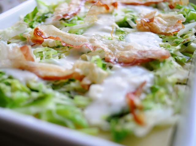 Lasagne med spidskål og med pancetta