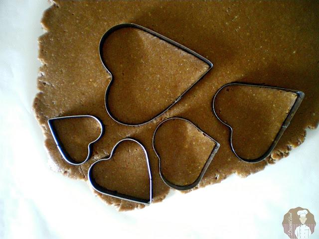 Pastas surtidas con  harina de avena y nocilla : Dando forma a la masa para el horneado