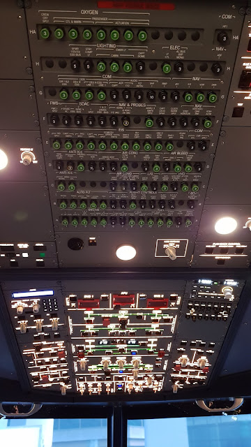 Airbus A320 Flight Simulator overhead controls console
