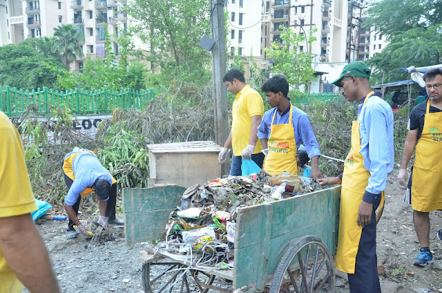 CLEAN UP ACTIVITY IN NOIDA TO CELEBRATE THE SPIRIT OF FREEDOM