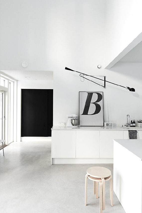 FLOS 265 Wall Lamp | Musta Ovi