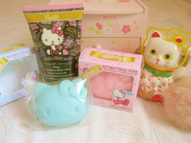 Beauty Review Kawaii Products Vivelle Hello Kitty Series She