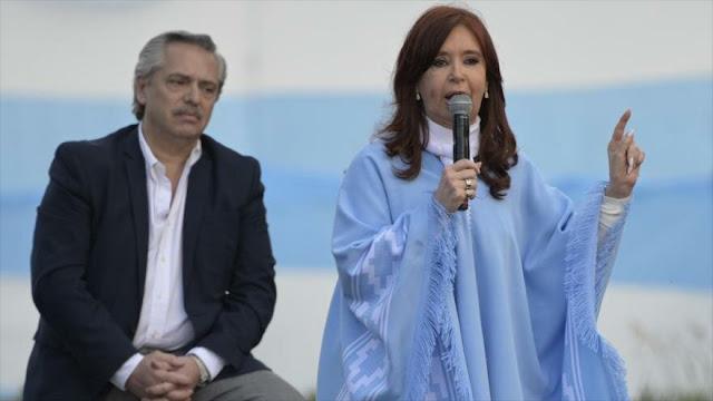 Los Fernández proclaman fin de políticas neoliberales en Argentina
