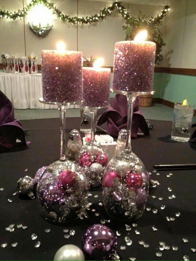 Centros de mesa con copas de vidrio para navidad for Decoracion del hogar en navidad