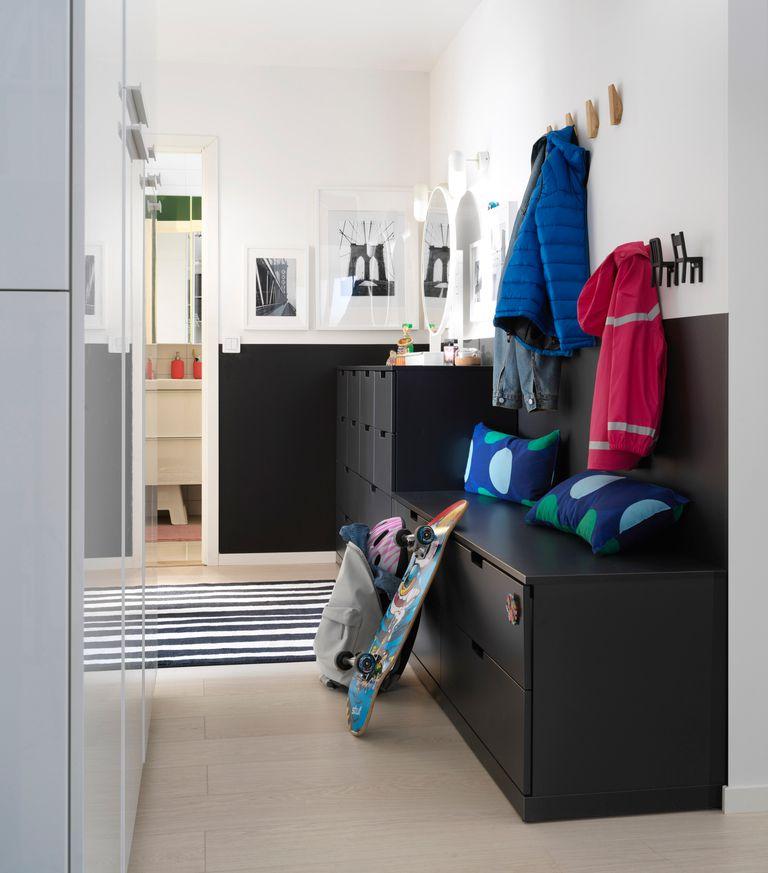 novedad catálogo ikea 2020 the lab home Alemania recibidor muebles de almacenaje negro