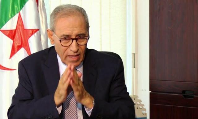 الجزائر.. إقالة مفاجئة لوزير النقل ومسؤولين كبار في الخطوط الجوية