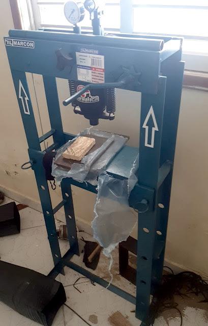 Polícia desativa laboratório clandestino usado para refino de drogas em Mossoró