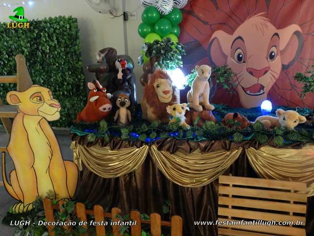 Decoração de mesa de aniversário tema Rei Leão