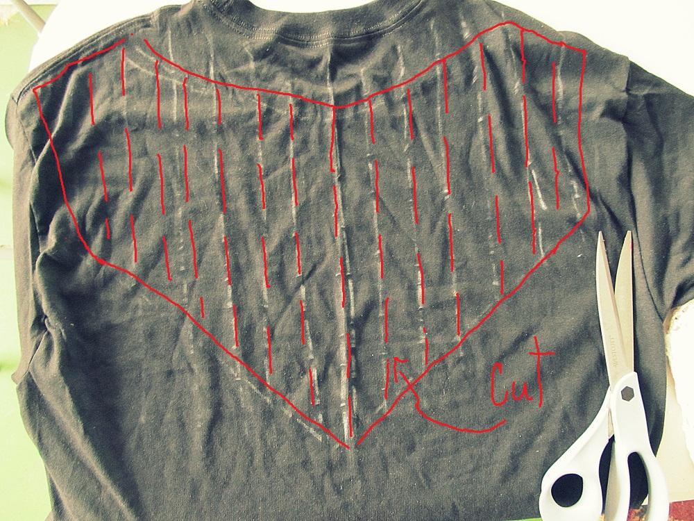 WobiSobi: No Sew, Lyrics and Music, Slashed Tee: DIY