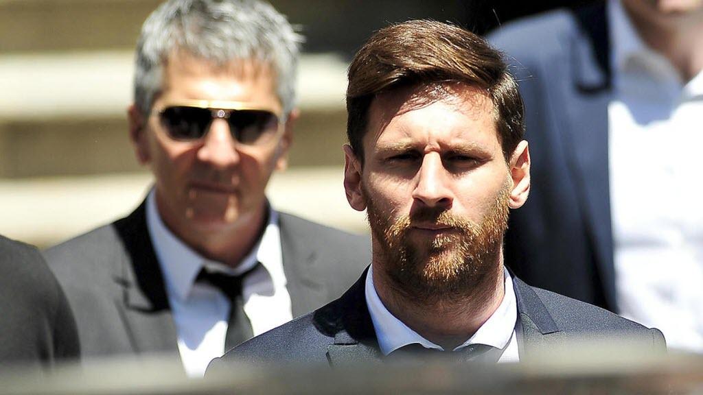 Messi có thể rời Barca nhờ người cha mưu lược