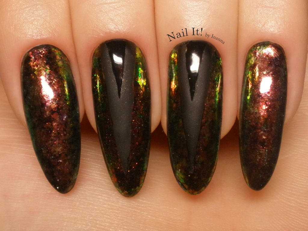 Multichrome Flakies Chevron Nail Art