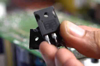 MOSFET I use IRFP4242 93A 300V, besides the MOSFET you can also use the IRFP250 MOSFET, IRFP260, IRFP4227, 40N25, 76N25, IRFP4229