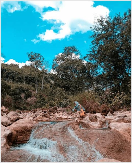 Sumber mata Air Krawak;10 Top Destinasi Wisata Tuban;