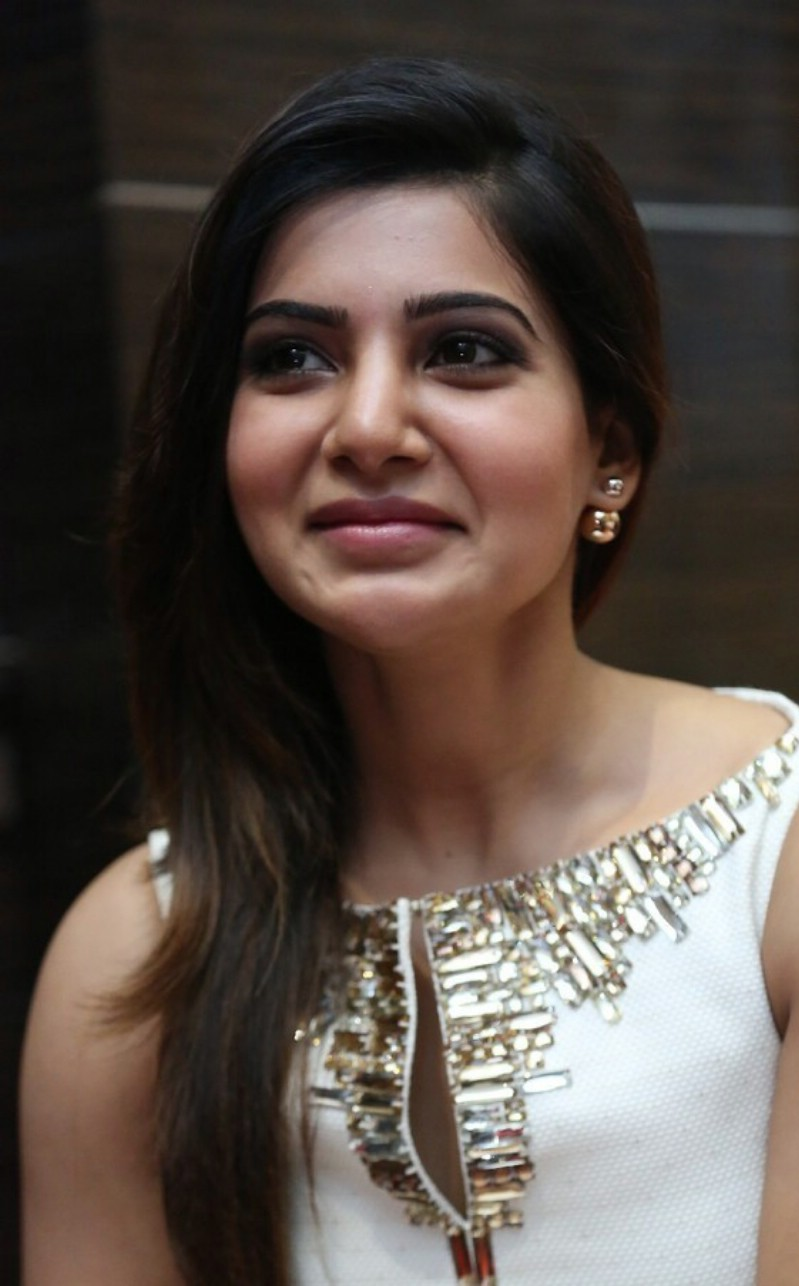 Samantha Latest 2016 Hot Stills In White Dress