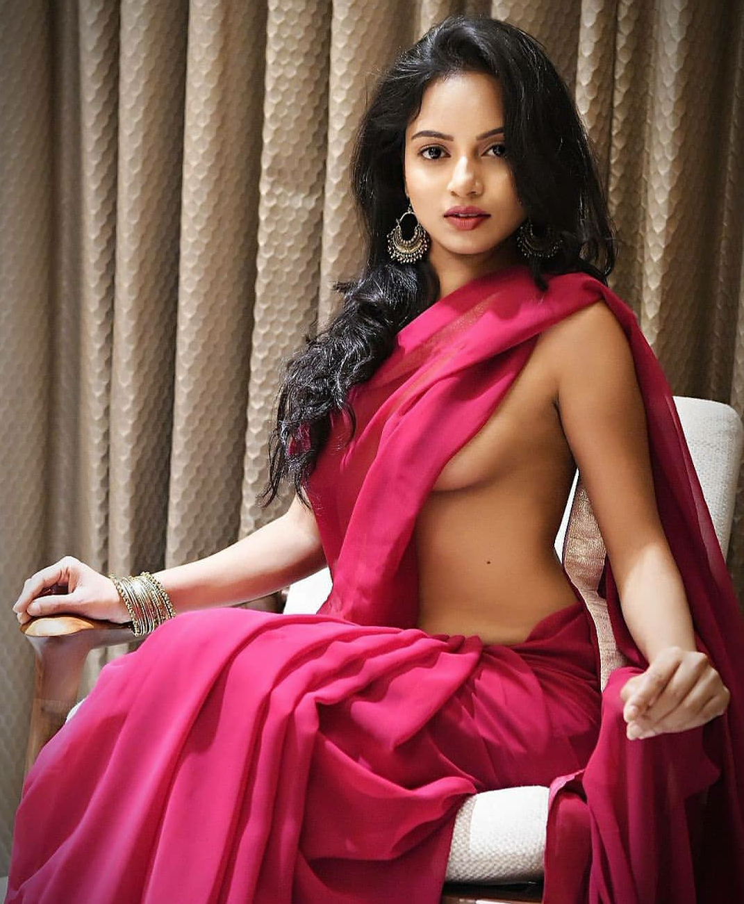 Hot indian lady sexy