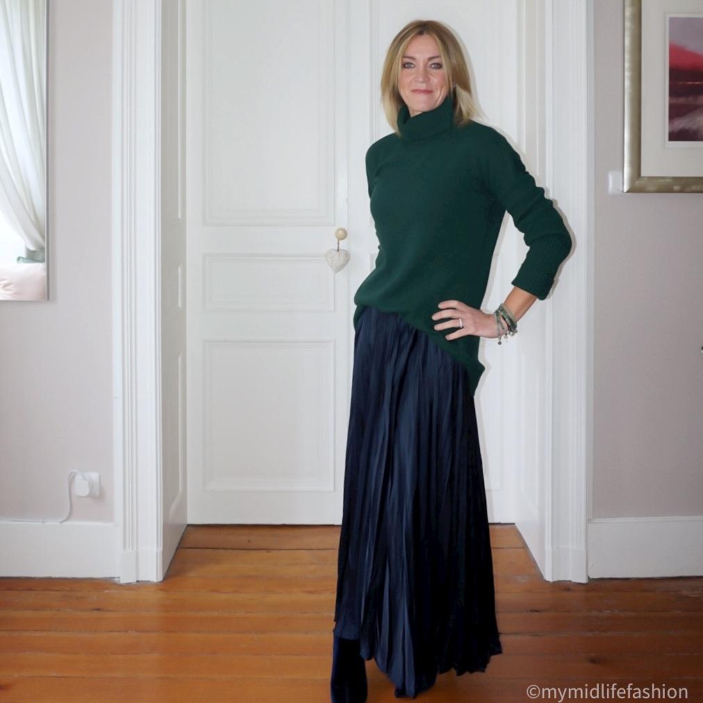 my midlife fashion, Baukjen Amelia greencash jumper, zara satin maxi skirt, Marks and Spencer velvet stiletto heel ankle boots