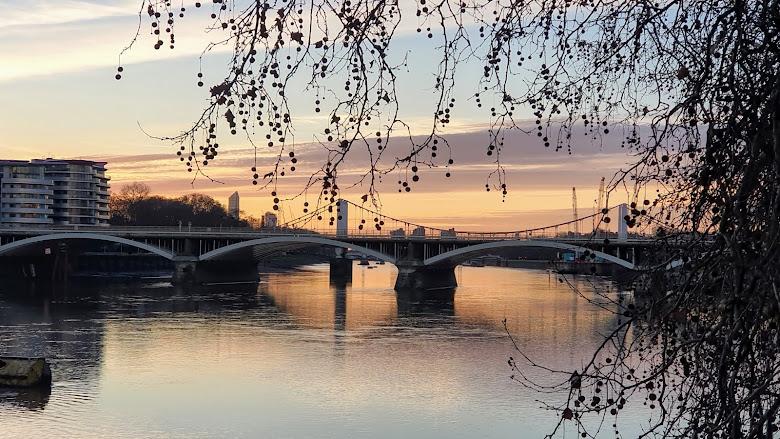 黃昏的泰晤士河畔