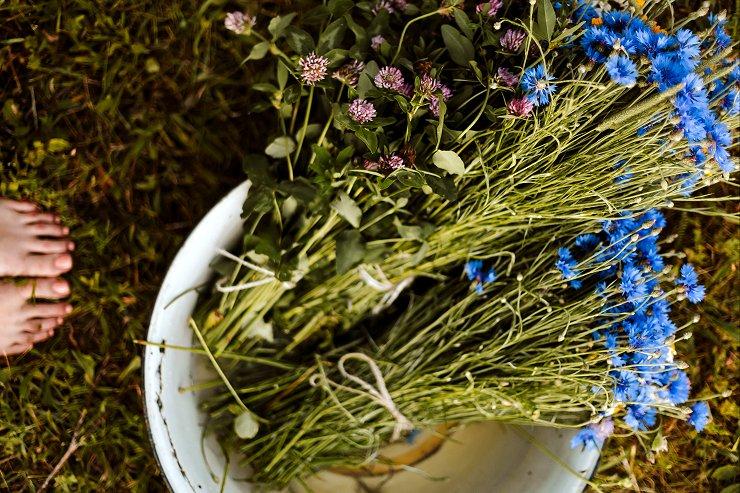 La raccolta delle cent'erbe, rituale di Self-Love per Litha